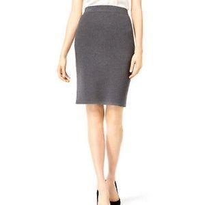 NWT bar III Dream Weaver ribbed sweater skirt